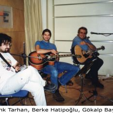 http://gokalpbaykal.com/wp-content/uploads/2012/11/fotogroup-1999-05-04-Borusan-souncheck.jpg