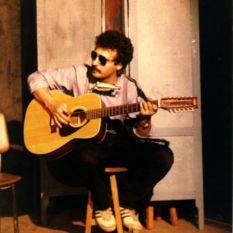http://gokalpbaykal.com/wp-content/uploads/2013/04/fotolivepublic-1983-Sariyer-DGSA-Tiyatro.jpg