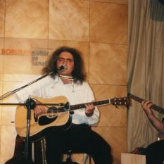 http://gokalpbaykal.com/wp-content/uploads/2013/04/fotolivepublic-1999-05-04-Borusan-1.jpg