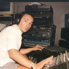 http://gokalpbaykal.com/wp-content/uploads/2013/04/fotoyasam-1996-08-Sabih-Cangil-Home-Studio-1.jpg