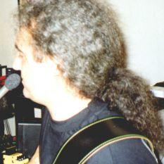 http://gokalpbaykal.com/wp-content/uploads/2013/04/fotoyasam-1998-06-Sabih-Cangil-Home-Studio-.jpg