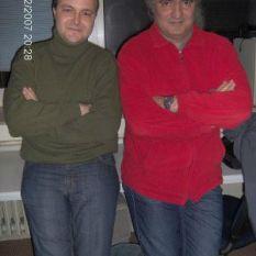 http://gokalpbaykal.com/wp-content/uploads/2013/04/fotoyasam-2007-02-02-Cenk-Akyol-ile-Acik-Radyo.jpg